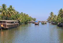 River Cruising Places in India